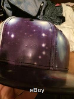 New Era Galaxy Fitted Great Condition