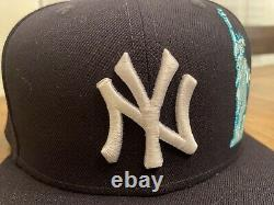 New York Yankees Navy Team Describe New Era Fitted Hat 7 3/4 Apple Liberty