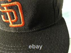 Vintage New Era Diamond Collection MLB San Diego Padres Deadstock Fitted Hat